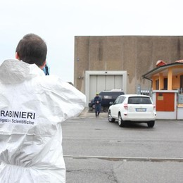 Due omicidi nel Bresciano, killer in fuga Si uccide dopo lo scontro con i carabinieri