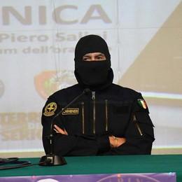 A Dalmine il Comandante Alfa Agente speciale dei carabinieri