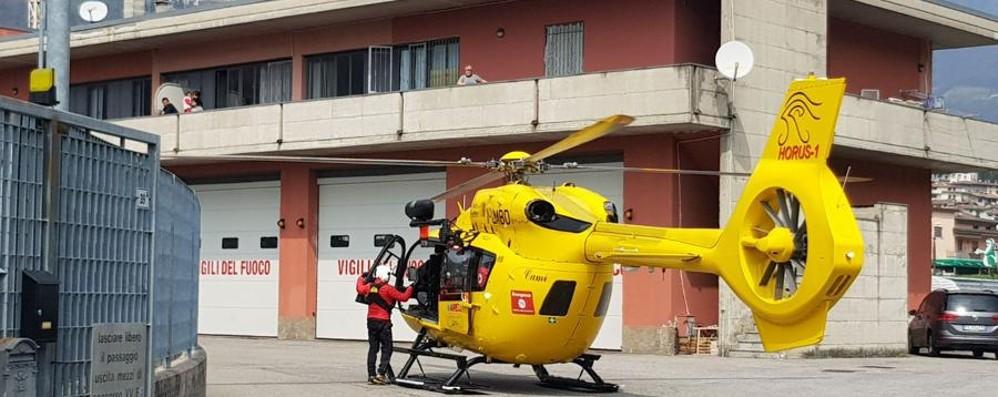 Donna cade sul Monte Torrezzo Volo di 10 metri, grave 54enne - Video