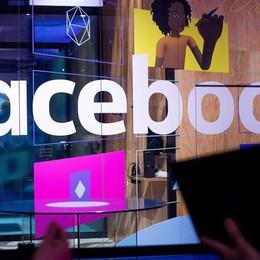 Anche i tuoi dati a Cambridge Analytica? Facebook avvisa gli utenti coinvolti