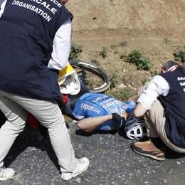 Ciclismo, dramma alla Parigi-Roubaix Goolaerts muore dopo arresto cardiaco