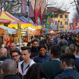 Torna lo street food in piazzale Alpini Tutti i sapori del mondo in un week end