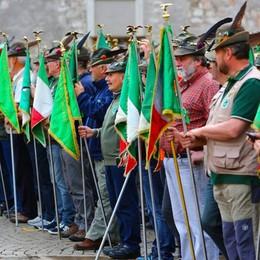 Alpini, l'esecuzione da brividi a Trento «Signore delle cime» per i Caduti - Il video
