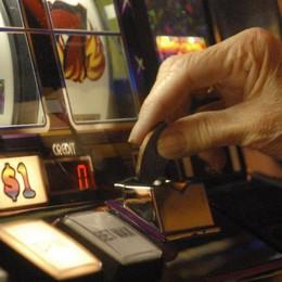 Gioco d'azzardo, bruciati 66 milioni La classifica dei paesi dell'hinterland