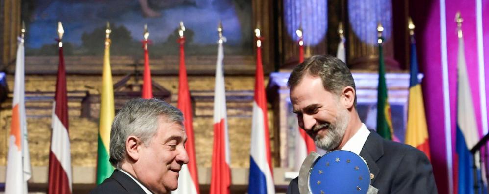 Felipe VI consegna Premio Carlo V a Antonio Tajani
