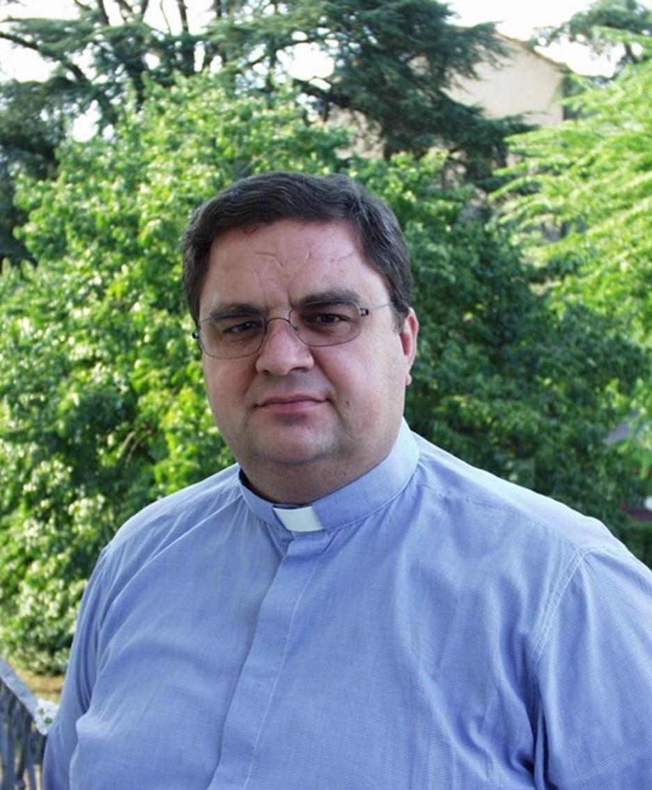 Don Luca Gattoni