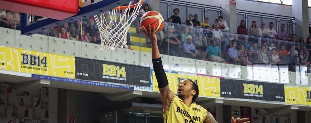 Basket Bergamo, sarà ancora serie A2? Tiri liberi, il punto sul basket bergamasco