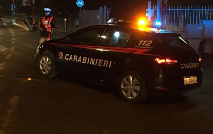 Giovanissimi e «fedeli» al loro pusher Droga, arrestato 24enne a Cortenuova