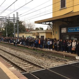 Treni, niente raddoppio sul Brembo Tagli alle fermate da Ponte a Montello