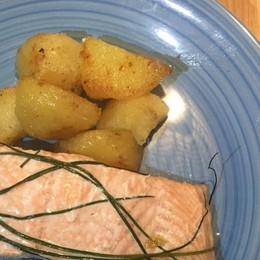 Un grande classico: il salmone al forno
