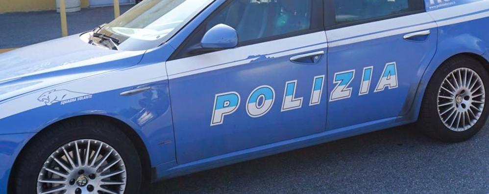 Una lite diventa una rapina Bergamo, 20enne aggredito al parco
