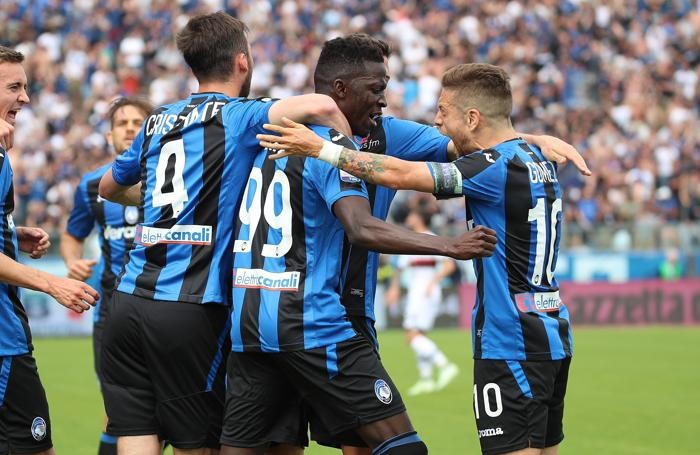 Atalanta's Musa Barrow scores the goal 1-0