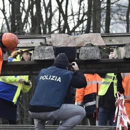 Le indagini sulla tragedia di Pioltello Carrelli senza anomalie, ruote deformate