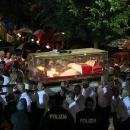 Papa Giovanni,   Sotto il Monte s'illumina oggi come 60 anni fa
