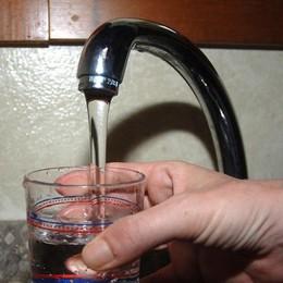 Acqua torbida dal rubinetto Uniacque:  è potabile