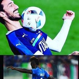 Balotelli, il gol e la dedica a Astori «Eri con mio papà, il gol è per te»