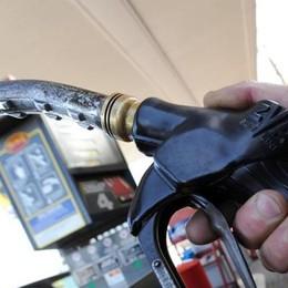 Addio alle schede carburante Dal 1° luglio solo fattura elettronica