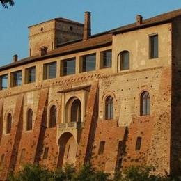 Visite ai castelli e ai borghi medievali Laboratori per i bimbi e mostre di foto