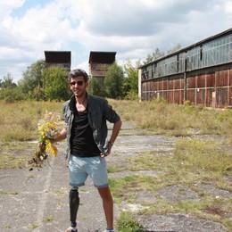 Riflettere sulla capacità di «riparare» Film d'artista in piazza della Libertà