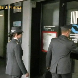 Inps sospende il direttore D'Ambrosio «Sbigottiti, amareggiati e mortificati»