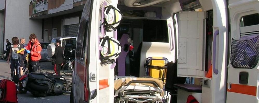 Schianto in moto in Valle Seriana Coppia di Leffe in gravi condizioni