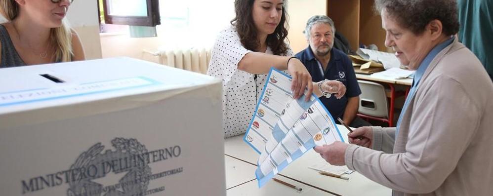 I nuovi sindaci bergamaschi - Video Astensione al 41%. Cenate senza quorum