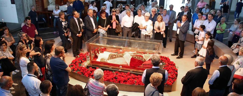 «L'urna del Papa ci ha invitato a non incattivirci nelle fatiche»