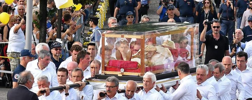 Papa Giovanni, i momenti più belli L'abbraccio di 250 mila pellegrini
