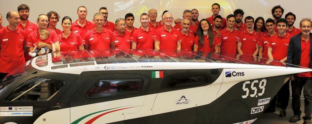 La prima auto solare è made in Bergamo Svelata al museo Ferrari a Maranello