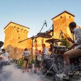 Musica, 200 band a Romano