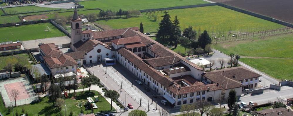 Spintona e deruba donna nel Santuario Arrestato 58enne alla Basella di Urgnano