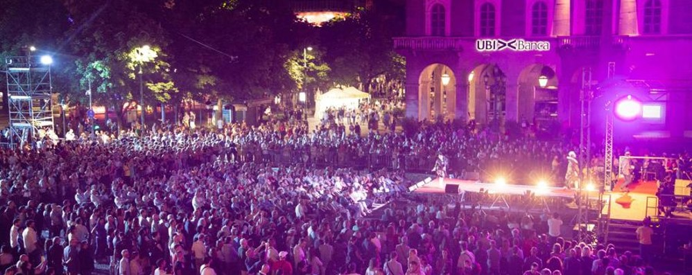 Lo spettacolo della Donizetti Night In 50mila per la festa della lirica -Foto