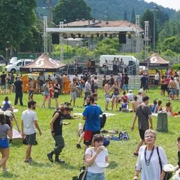 Si celebra l'orgoglio del migrante Musica e calcio sul pratone di Pontida