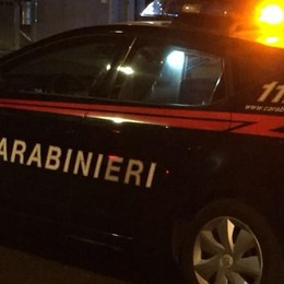 Rivendeva merce rubata nei market da banda di romeni: denunciato