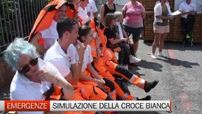 Esercitazione dei volontari della Croce Bianca