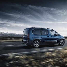 Nuovo Peugeot Rifter Debutto a settembre