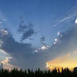 Nuvole in arrivo e piogge in serata Domenica incerta, poi torna il bello