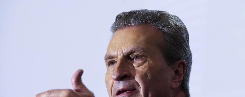 Migranti: Oettinger, 6 miliardi per Africa cifra realistica