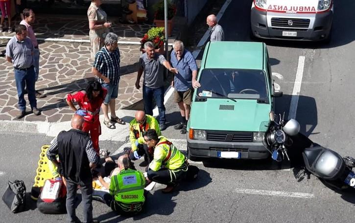 Sant'Omobono, scontro auto-moto Elisoccorso decolla per un 65enne