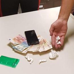 Cocaina e 1300 euro in contanti I carabinieri arrestano 30enne a Palosco