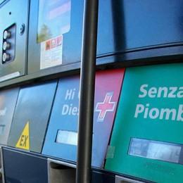 Benzinai, schede carburanti addio Dal 1° luglio fatturazione elettronica