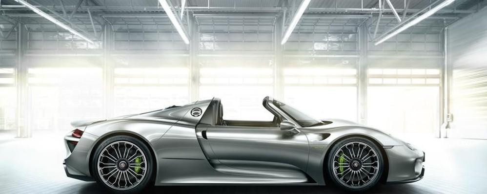 Porsche e il compleanno a Bergamo  70 anni di fascino: sabato officina aperta