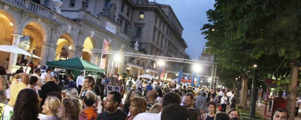 Bergamo diventa palestra a cielo aperto Sabato torna la Notte bianca dello sport
