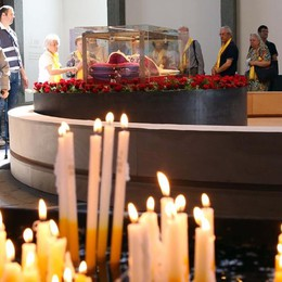 La Messa con il cardinale Parolin La diretta serale di Bergamo Tv