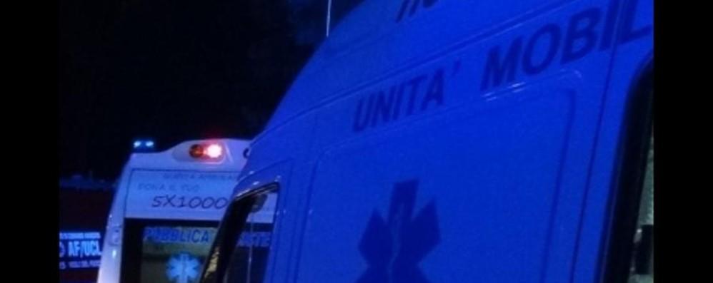 Scontro frontale tra un'auto e un bus Villa di Serio, muore donna di 53 anni