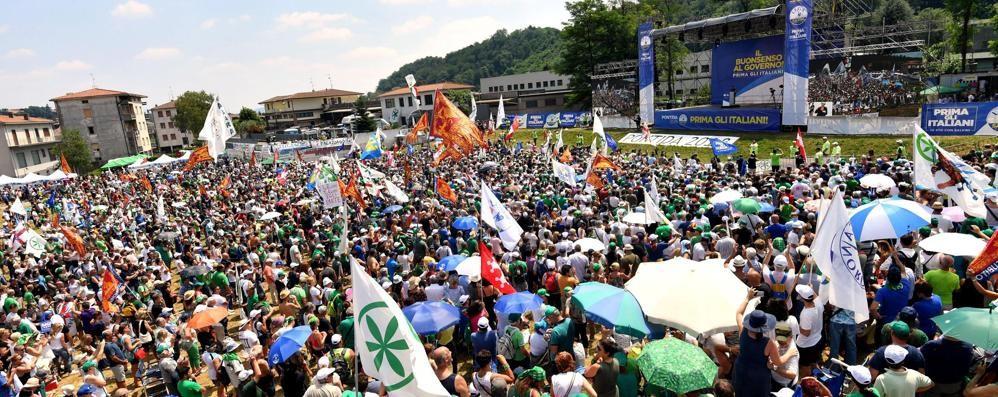 La Lega di Salvini fa il pienone a Pontida  «Governeremo per i prossimi 30 anni»