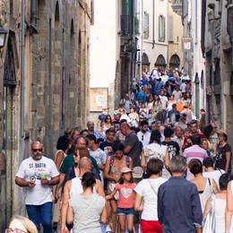 Quanto spendono i turisti a Bergamo? Un affare da 219 milioni – Il dossier