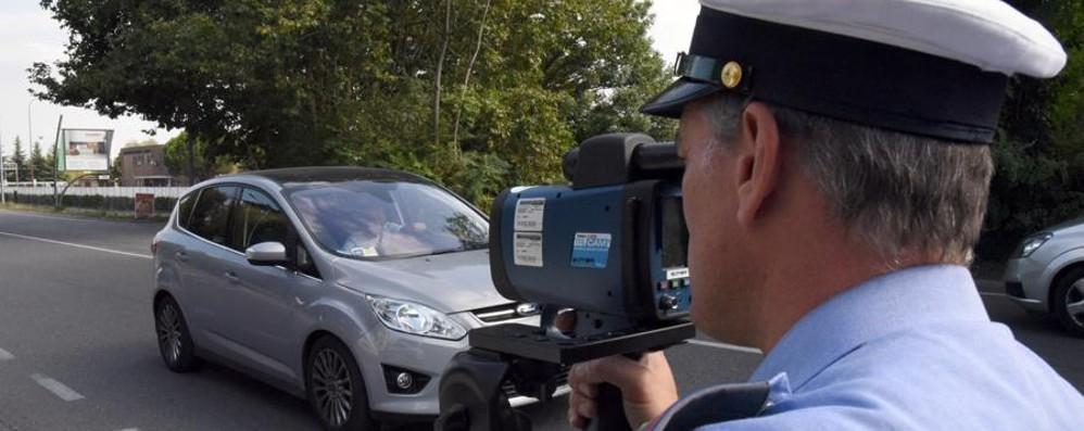 Superano il limite di velocità di 40km/h Ritirate 26 patenti sulla circonvallazione