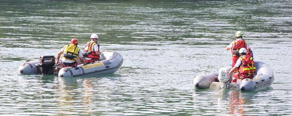 Si tuffa nel fiume e non riemerge Morto un ragazzo di 28 anni a Concesa