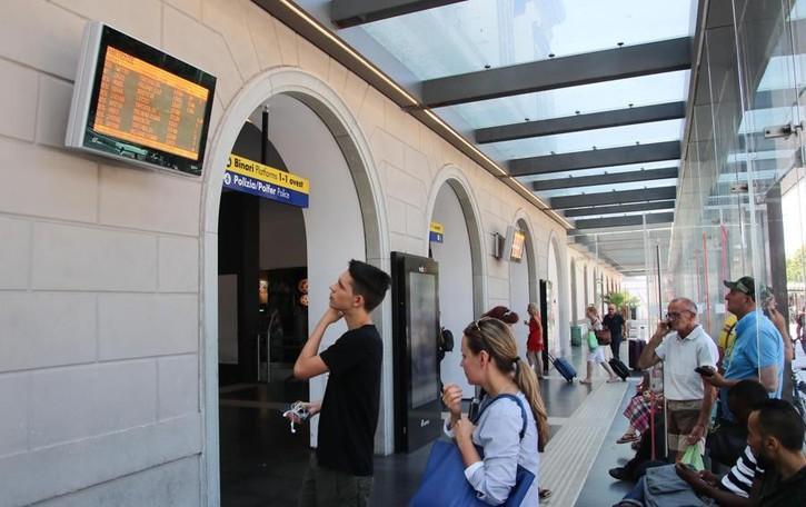 Disagi anche per chi viaggia in treno Weekend con partenze a singhiozzo